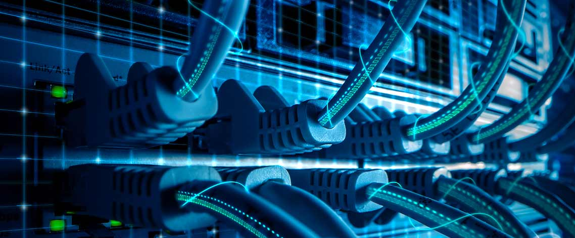 What is the function of a virtual switch in a VDI Infrastructure ?